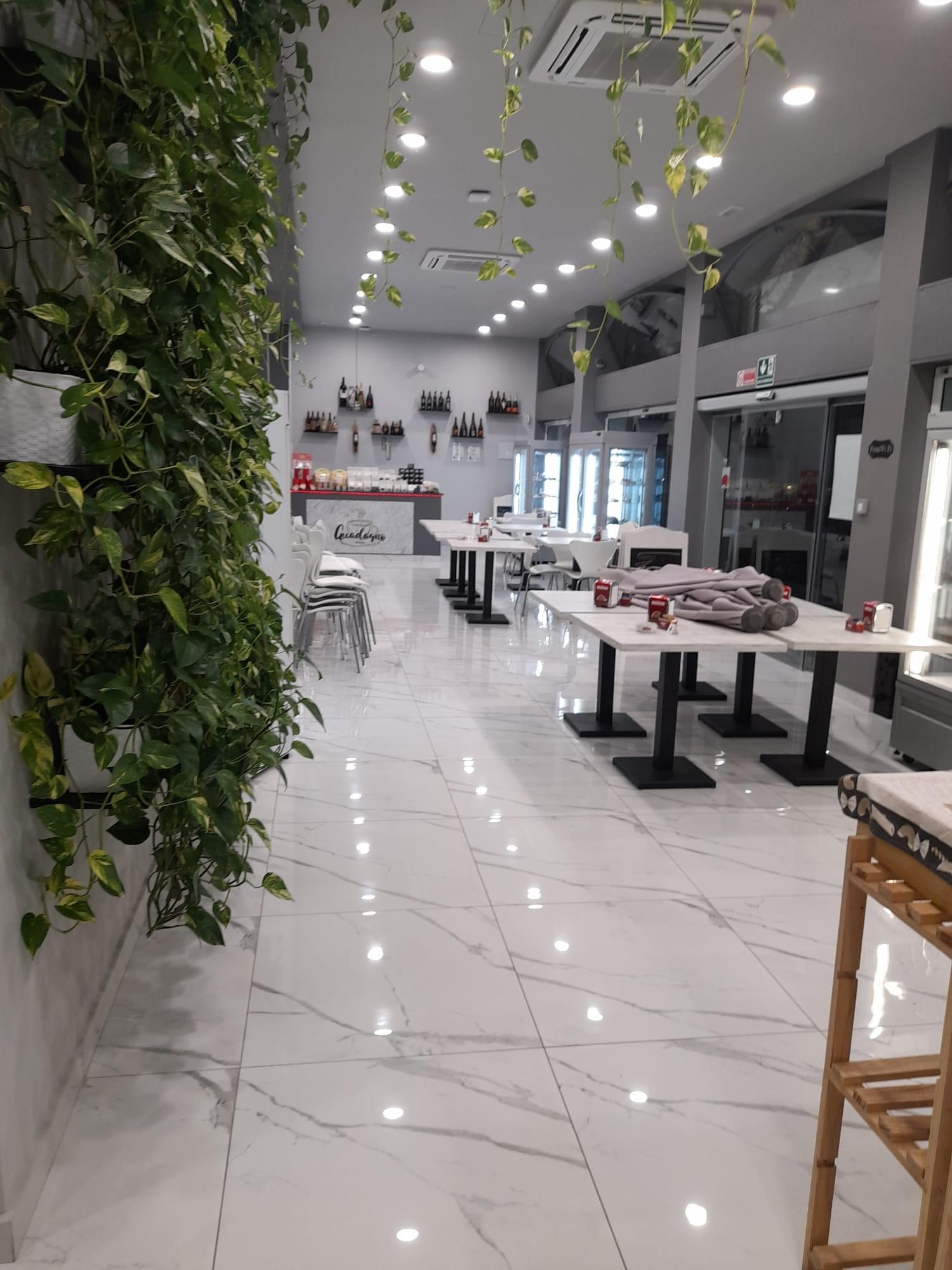 Bar Pasticceria Tavola calda Milano